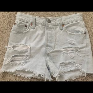 Levi's high waisted distressed wedgie shorts 26